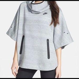 EUC NIKE Tech Fleece Poncho Sweater Jacket